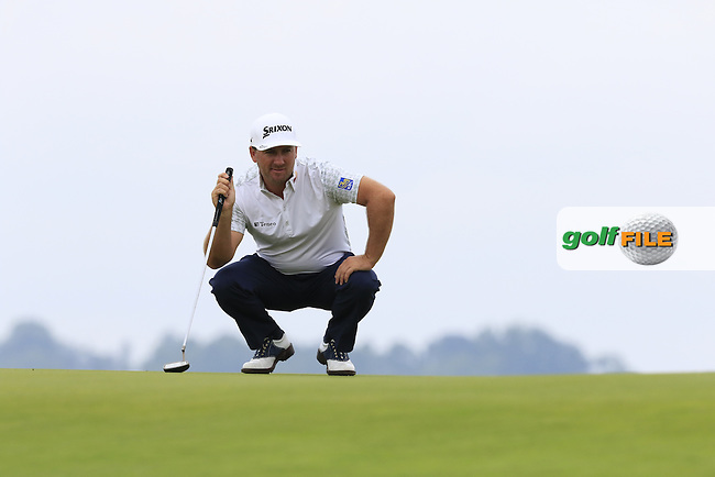 Graeme McDowell (NIR) lines up his putt on the 3rd green during Friday's Round 1 of the 2016 U.S. Open Championship held at Oakmont Country Club, Oakmont, Pittsburgh, Pennsylvania, United States of America. 17th June 2016.<br /> Picture: Eoin Clarke | Golffile<br /> <br /> <br /> All photos usage must carry mandatory copyright credit (&copy; Golffile | Eoin Clarke)