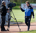Stuart McCall having some words as he passes by Sky Sports camera