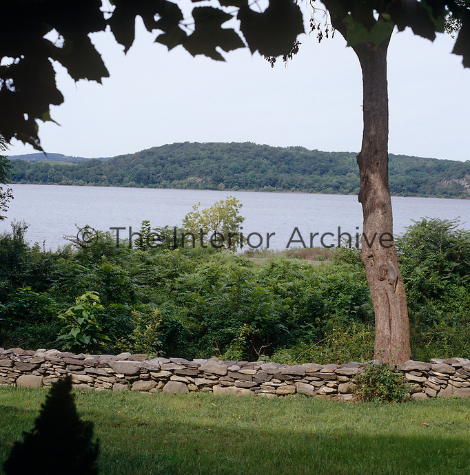 The garden is only separated from the Hudson river by a low stone wall