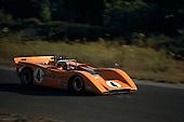 Bruce McLaren in McLaren M8-Chevrolet at the 1968 Bridgehampton Can-Am.