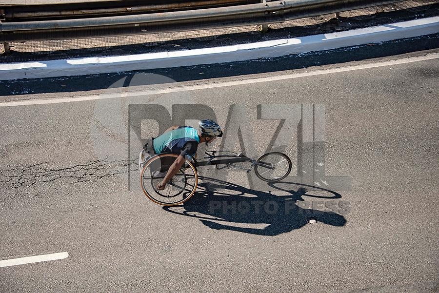 SÃO PAULO,  SP, 31.12.2018 - SÃO-SILVESTRE - Maratonistas durante a Corrida Internacional de São Silvestre na Avenida Paulista em São Paulo nesta segunda-feira, 31.(Foto: Bruna Grassi/Brazil Photo Press)