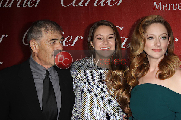 Robert Forster, Shailene Woodley, Judy Greer<br />
