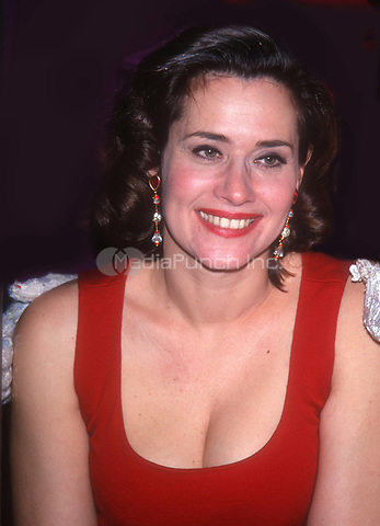 Lorraine Bracco 1992<br /> Photo by John Barrett/PHOTOlink.net / MediaPunch