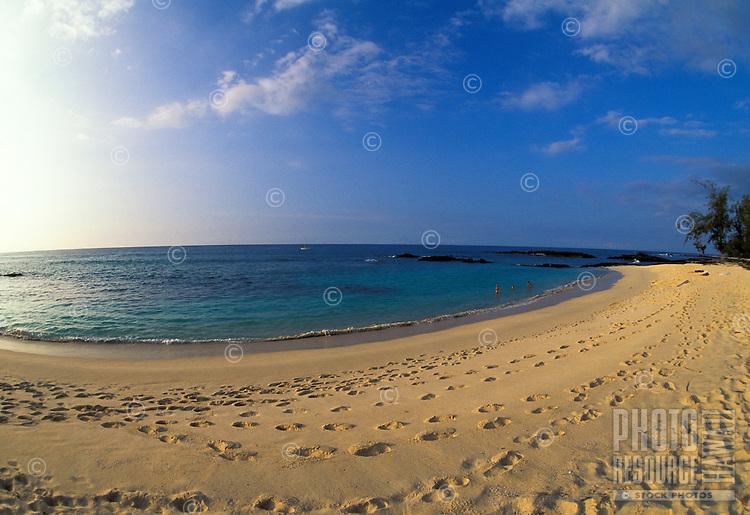 Late afternoon at Makalawena Beach, Kona Coast, Hawaii