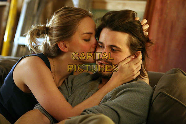 JASON RITTER, JESS WEIXLER.Peter and Vandy (2008).Vandy (Jess Weixler) and Peter (Jason Ritter) share a tender moment..*Filmstill - Editorial Use Only*.CAP/FB.Supplied by Capital Pictures.