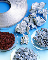 ELEMENTS COLLECTION<br />