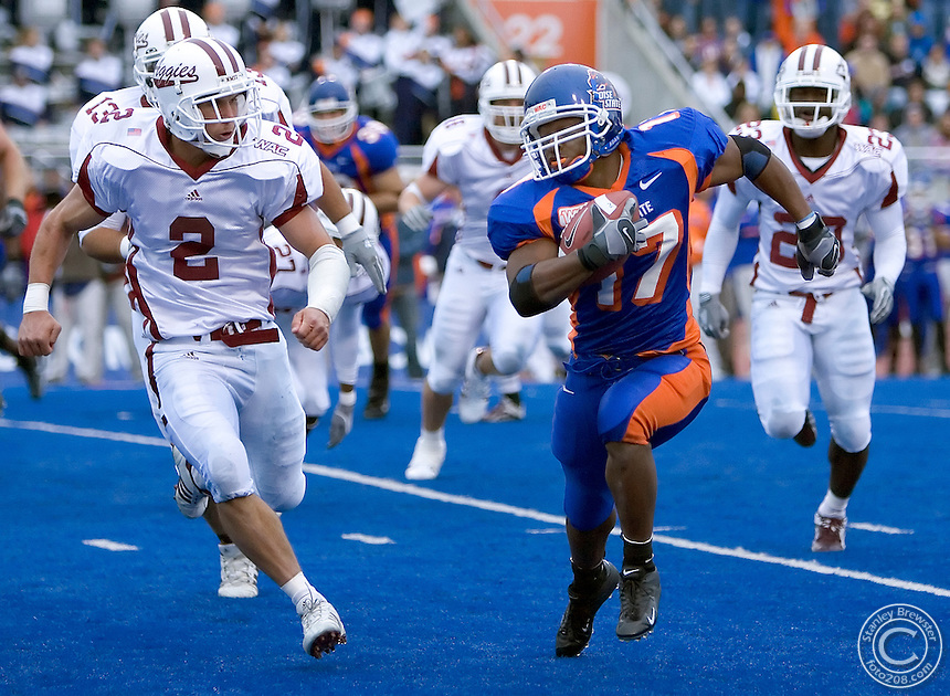 11-05-05-Boise ID. Boise State vs. New Mexico State in Bronco Stadium. Boise Statewon 56-6.