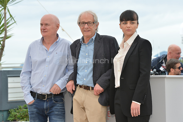 Dave Johns, Ken Loach and Hayley Squires at the Photocall &acute;I, Daniel Blake` - 69th Cannes Film Festival on May 13, 2016 in Cannes, France.<br /> CAP/LAF<br /> &copy;Lafitte/Capital Pictures /MediaPunch ***NORTH AND SOUTH AMERICA ONLY***