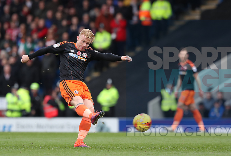 Mark Duffy of Sheffield Utd takes a shot on goal during the English Football League One match at Proact Stadium, Chesterfield. Picture date: November 13th, 2016. Pic Jamie Tyerman/Sportimage