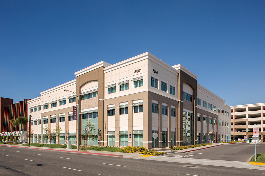 Boulder Associates Architects - Los Alamitos Medical Office Building - Los Alamitos, California
