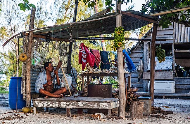 Living on a Motu in Raiatea, French Polynesia