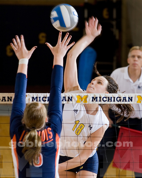 Michigan volleyball vs. Illiinois at Cliff Keen Arena on 10/03/09.