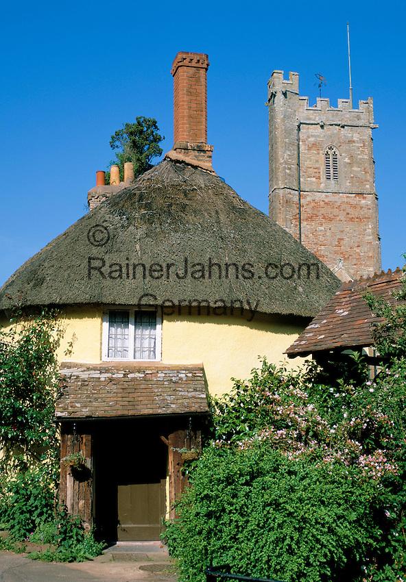 Great Britain, England, Somerset, Luccombe Village: Thatched Cottage | Grossbritannien, England, Somerset, Luccombe Village: Landhaus mit Reetdach