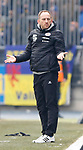 Torsten Lieberknecht (Braunschweig, Trainer) Reklamiert, beschwert sich, schimpft beim Spiel in der 2. Bundesliga, Eintracht Braunschweig - SSV Jahn Regensburg.<br /> <br /> Foto &copy; PIX-Sportfotos *** Foto ist honorarpflichtig! *** Auf Anfrage in hoeherer Qualitaet/Aufloesung. Belegexemplar erbeten. Veroeffentlichung ausschliesslich fuer journalistisch-publizistische Zwecke. For editorial use only.