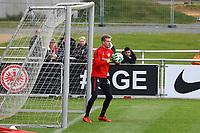 Torwart Lukas Hradecky (Eintracht Frankfurt) - 14.11.2017: Eintracht Frankfurt Training, Commerzbank Arena