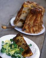 """Europe/France/Rhône-Alpes/74/Haute-Savoie/Chatel : Farcement recette traditionnelle savoyarde du restaurant """"Chez Constant ou la Ferme des Pistes"""""""