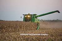 63801-07005 Farmer harvesting corn, Marion Co., IL