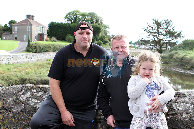 Martin Briscoe with Martin and Keira Kelly at the all Ireland Junior and Novice Road Bowling Finals hosted by the Drogheda and District Road Bowls Club on the Baltray Road, Drogheda, Co.Louth....Photo NEWSFILE/Jenny Matthews.