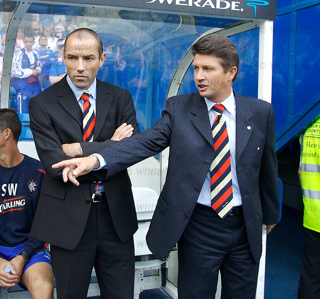 Paul Le Guen and Yves Colleu, Rangers.stock season 2006-2007.pic willie vass