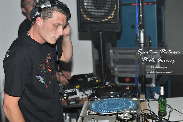 Summer of Love. Centreforce Sessios. London. 29/05/2010. Credit Sportinpictures/Garry Bowden
