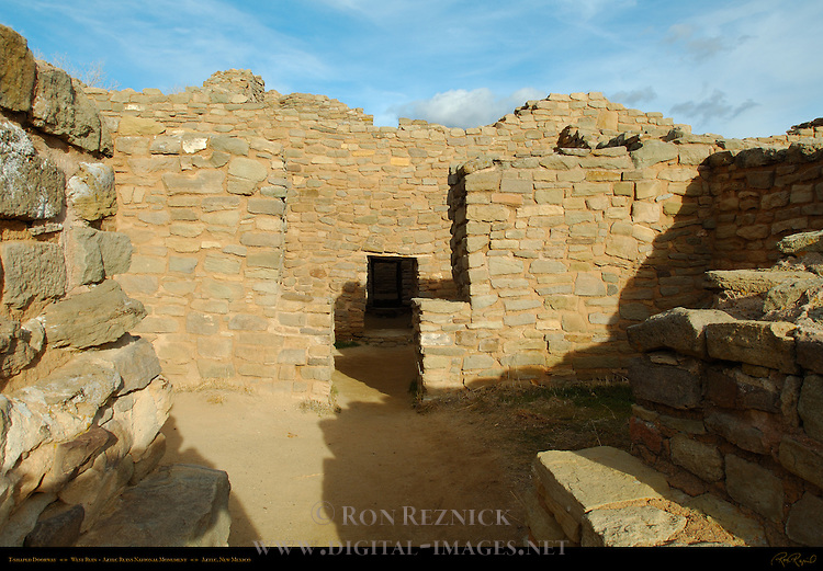 T-shaped Doorway, West Ruin Anasazi Hisatsinom Chacoan Complex, Aztec Ruins National Monument, Aztec, New Mexico