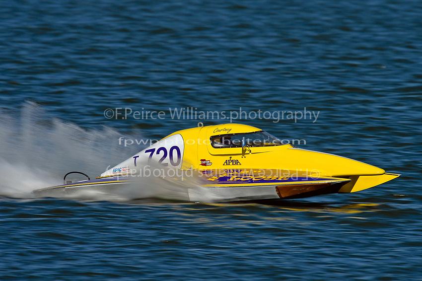 Courtney Stewart, T-720        (1.5 Litre Stock hydroplane(s)