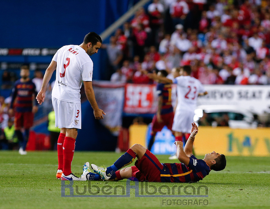 FC Barcelona´s Uruguayan forward Luis Suarez hurt during the Final of Copa del Rey match between FC Barcelona and SevillaFC at the Vicente Calderon Stadium in Madrid, Sunday, May 22, 2016.