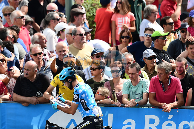Polka Dot Jersey Dario Cataldo (ITA) Astana Pro Team with fans at sign on before the start of Stage 6 of the 2018 Criterium du Dauphine 2018 running 110km from Frontenex to La Rosiere, France. 9th June 2018.<br /> Picture: ASO/Alex Broadway | Cyclefile<br /> <br /> <br /> All photos usage must carry mandatory copyright credit (© Cyclefile | ASO/Alex Broadway)
