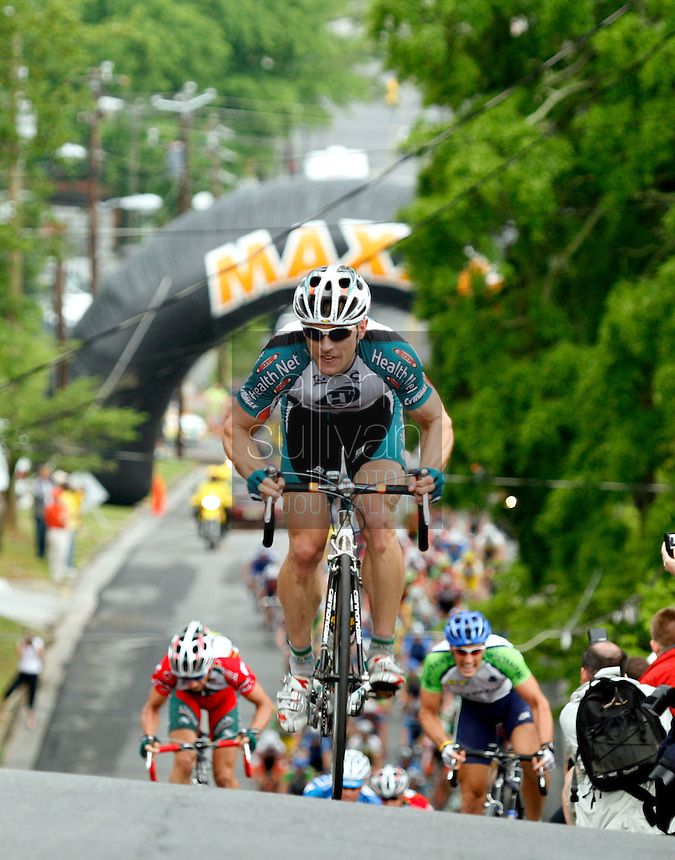 Kirk O'Bee, of Health Net Presented by Maxxis, takes the King of the Mountain climb on East Second Street, known as &quot;Clocktower Hill,&quot; during Stage 2 of the 2006 Ford Tour de Georgia pro cycling race. Yaroslav Popovych, a Discovery Channel Pro Cycling Team racer from Ukraine, won the 116.1-mile stage from Fayetteville to Rome in 4:47:39.<br />