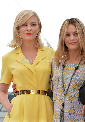 Kirsten Dunst, Vanessa Paradis at  the Jury Photocall during the 69th Annual Cannes Film Festival at the Palais des Festivals on May 11, 2016 in Cannes, France.<br /> CAP/LAF<br /> &copy;Lafitte/Capital Pictures /MediaPunch ***NORTH AMERICA AND SOUTH AMERICA ONLY***