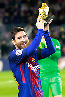 FC Barcelona's Leo Messi show the golden shoe before La Liga match. December 17,2016. (ALTERPHOTOS/Acero)