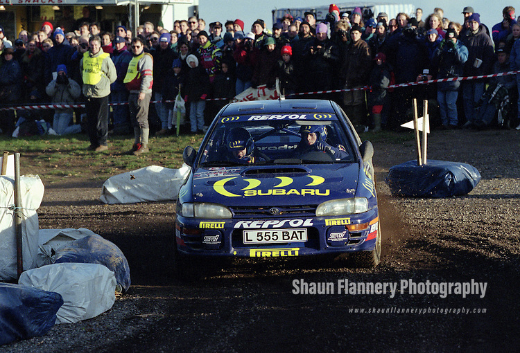 Pix: Shaun Flannery/shaunflanneryphotography.com...COPYRIGHT PICTURE>>SHAUN FLANNERY>01302-570814>>07778315553>>..1995 Network Q RAC Rally..19th November - 22nd November 1995..Colin McRae and Derek Ringer..Subaru Impreza 555.555 Subaru World Rally Team