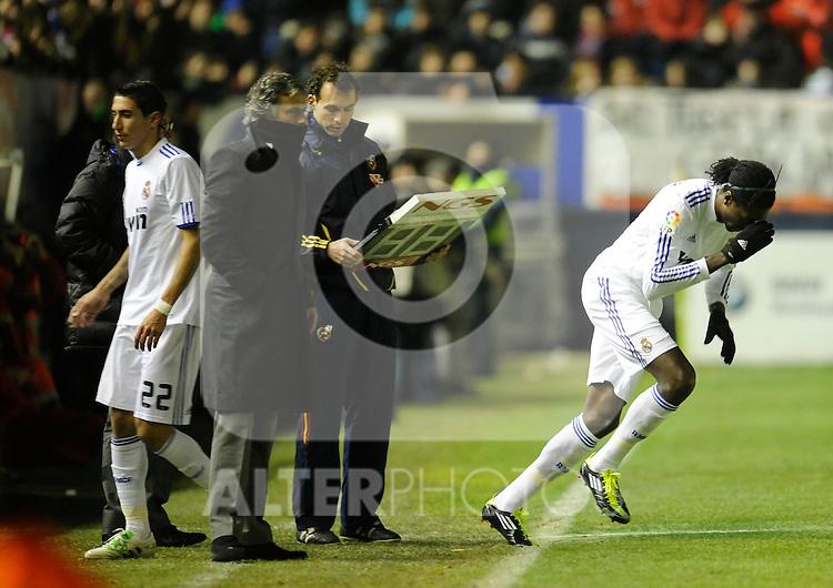 Spanish league match Osasuna vs Real Madrid. Jose Mourinho, Emanuel Adebayor and Angel Di Maria. ..Photo : Ricardo Ordonez / ALFAQUI.