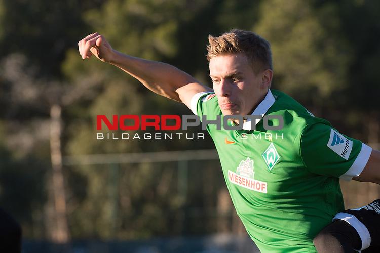 09.01.2015, Regnum Sports Centre, Belek, TUR, FSP Werder Bremen vs Energie Cottbus, im Bild<br /> <br /> Oliver H&uuml;sing / H&uuml;sing (Bremen #25)<br /> Einzelaktion, Halbk&ouml;rper / Halbk&ouml;rper, <br /> <br /> Foto &copy; nordphoto / Kokenge
