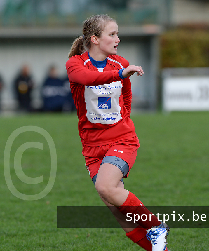 20151128 - PITTEM , BELGIUM : Yara Van Gucht pictured during a soccer match between the women teams of DVK Egem Ladies and KVK Svelta Melsele  , during the eleventh matchday in the Second League - Tweede Nationale season, Saturday 28 November 2015 . PHOTO DAVID CATRY