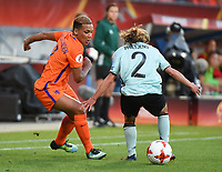 20170724 - TILBURG , NETHERLANDS : Belgian Davina Philtjens (R) and Dutch Shanice van de Sanden (L)  pictured during the female soccer game between Belgium and The Netherlands  , the thirth game in group A at the Women's Euro 2017 , European Championship in The Netherlands 2017 , Monday 24 th June 2017 at Stadion Koning Willem II  in Tilburg , The Netherlands PHOTO SPORTPIX.BE | DIRK VUYLSTEKE
