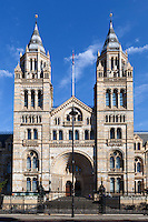 Great Britain, England, London, Kensington: Natural History Museum facade | Grossbritannien, England, London, Kensington: das Natural History Museum