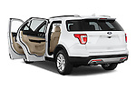 Car images of a 2017 Ford Explorer XLT 4 Door SUV Doors