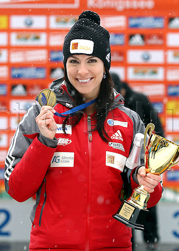 13 01 2012  Pictures Skeleton FIBT WC Schoenau at Koenigssee Schoenau at Koenigssee Germany 13 Jan 12 Divers Skeleton FIBT World Cup for women Award Ceremony Picture shows Mellisa Hollingsworth CAN Kwith her Trophy