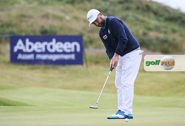 Andy Sullivan (ENG) putting out at the 18th during Round Two of the Aberdeen Asset Management Scottish Open 2017, played at Dundonald Links, Troon, Ayrshire, Scotland.  14/07/2017. Picture: David Lloyd | Golffile.<br /> <br /> Images must display mandatory copyright credit - (Copyright: David Lloyd | Golffile).