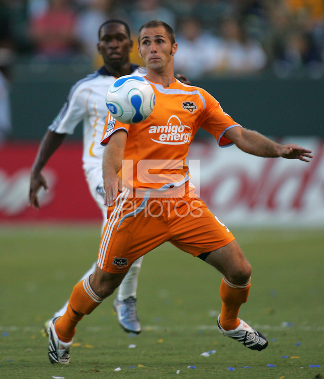 Houston Dynamo midfielder Brian Mullan (9). The Houston Dynamo defeated the LA Galaxy 3-1 at the Home Depot Center in Carson, CA, Sunday, September 16, 2007.
