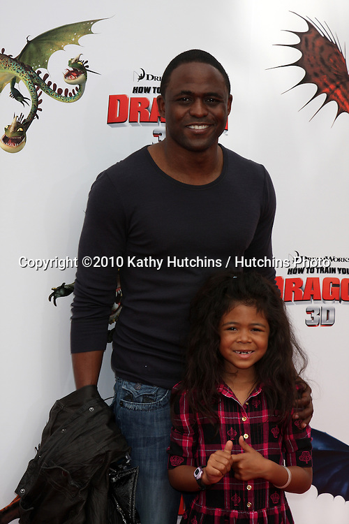 "Wayne Brady.arrives at the ""How To Train Your Dragon"" Los Angeles Premiere.Gibson Ampitheater at Universal CityWalk.Los Angeles, CA.March 21, 2010.©2010 Kathy Hutchins / Hutchins Photo...."