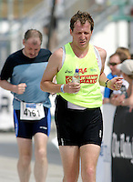 01 AUG 2004 - LONDON, GBR - Alistair Campbell raises money for the Leukaemia Research charity by completing the London Triathlon (PHOTO (C) NIGEL FARROW)