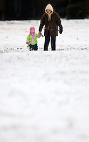 Charlotteans enjoy a rare snowfall that coated the Southeastern city in January 2009. Photo taken in Charlotte's Dilworth community.