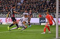 Ante Rebic (Eintracht Frankfurt) bereitet das Tor zum 1:0 vor, das Daichi Kamada (Eintracht Frankfurt) erzielt - 29.08.2019: Eintracht Frankfurt vs. Racing Straßburg, UEFA Europa League, Qualifikation, Commerzbank Arena<br /> DISCLAIMER: DFL regulations prohibit any use of photographs as image sequences and/or quasi-video.