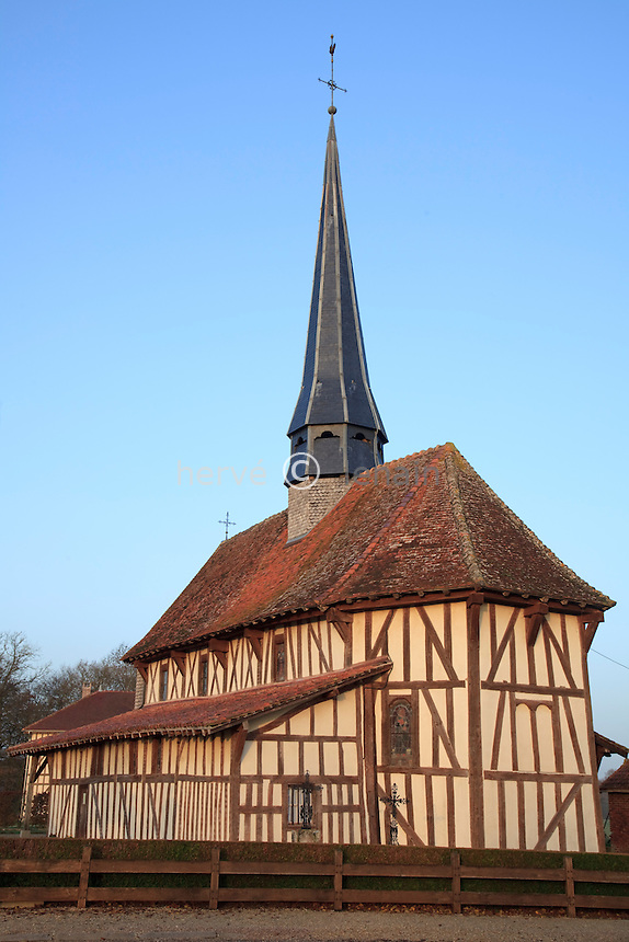 France, Aude (10), Bailly-le-Franc, l'église à pan de bois classée Monument Historique, fait partie de la Route Touristique des Eglises à Pans de Bois // France, Aude , Bailly-le-Franc, Church-timbered listed building, is part of the Tourist Road of the timber-framed churches