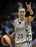 San Antonio's Becky Hammon (25) signals to teammates during the WNBA game between the San Antonio Silver Stars and the Washington Mystics, June 6, 2008, at the AT&T Center, San Antonio, Texas. San Antonio won 63 - 52. (Darren Abate/PressPhotoIntl.com)