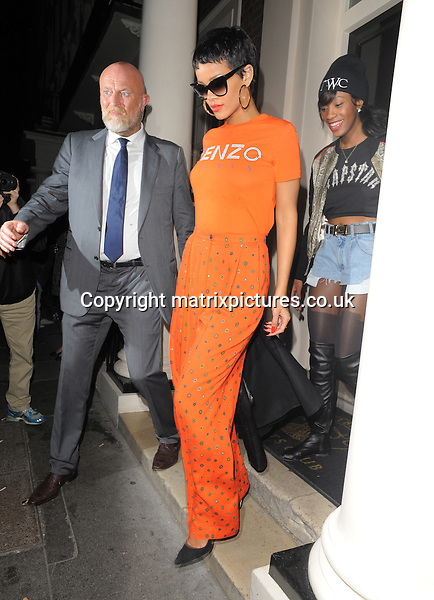 NON EXCLUSIVE PICTURE: MATRIXPICTURES.CO.UK.PLEASE CREDIT ALL USES..WORLD RIGHTS..Barbadian recording artist and actress Rihanna is pictured leaving her London hotel after performing with Coldplay and Jay-Z at last night's Paralympic Games Closing Ceremony...SEPTEMBER 10th 2012..REF: LTN 123734