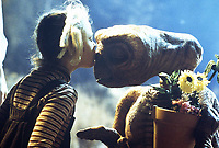 E.T. the Extra-Terrestrial (1982)  <br /> Drew Barrymore<br /> *Filmstill - Editorial Use Only*<br /> CAP/KFS<br /> Image supplied by Capital Pictures