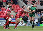 Connacht's Ian Porter in action during todays match<br /> <br /> Rugby - Scarlets V Connacht - Guinness Pro12 - Sunday 15th Febuary 2015 - Parc-y-Scarlets - Llanelli<br /> <br /> &copy; www.sportingwales.com- PLEASE CREDIT IAN COOK